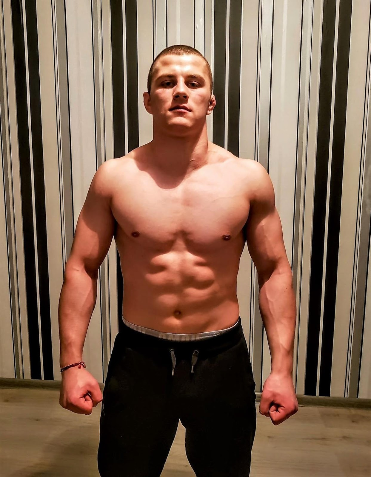young-fit-barechest-beefy-boxer-dude-strong-fighter-body-ugly-ears-pictures
