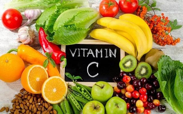Tăng cường bổ sung vitamin C khi chăm sóc người mắc bệnh phổi