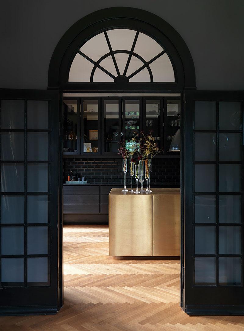 An elegant dark Copenhagen home