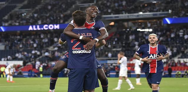 باريس سان جيرمان يحقق فوزه الأول بصعوبة في الدوري الفرنسي