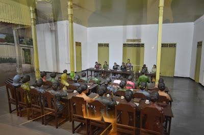 akcayatour, Benteng Vredeburg, Travel Jogja Malang, Travel Malang Jogja