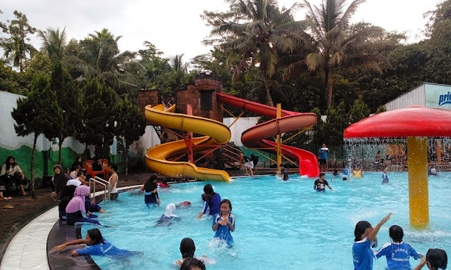 Walik Purbalingga Swimming Pool