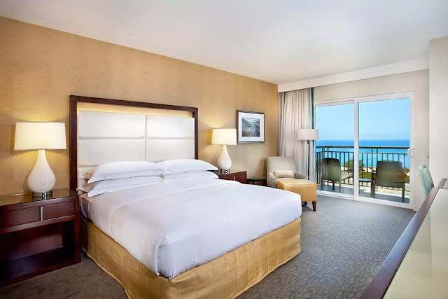 Cape Rey Hilton is nestled on the coast of Northern San Diego with beautiful ocean views. Learn about our Carlsbad beach resort and spa, and book your stay!