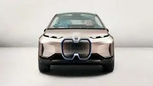 BMW introduces the Electric iX with great design and enormous power