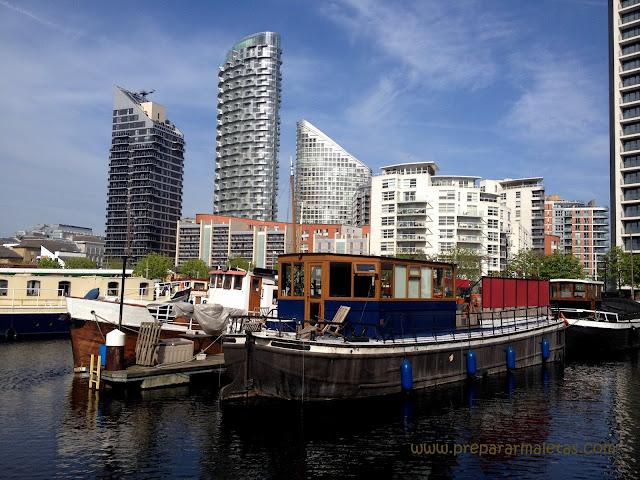 canales y barcos en Londres