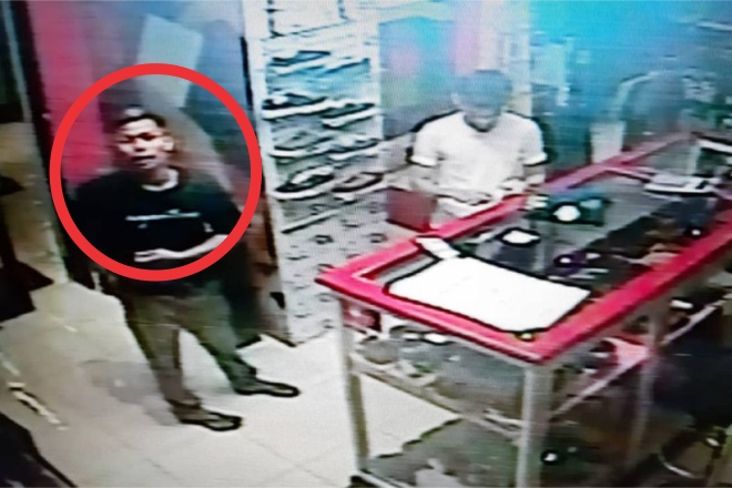 Bulan Puasa, Aksi Pemuda Bone Curi HP di Sebuah Distro Terciduk CCTV