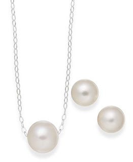 https://www.macys.com/shop/product/cultured-freshwater-pearl-classic-jewelry-set-in-sterling-silver-8-10mm?ID=1758740&CategoryID=544&swatchColor=White#fn=sp%3D1%26spc%3D294%26ruleId%3D78%26kws%3Dcultured%20freshwater%20pearl%20necklace%26ackws%3Dpearl%20necklace%26searchType%3Dac%26searchPass%3DexactMultiMatch%26slotId%3D4