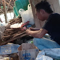 Kreatif Pemuda Desa Kedungringin Adakan Gerakan Sedekah Sampah