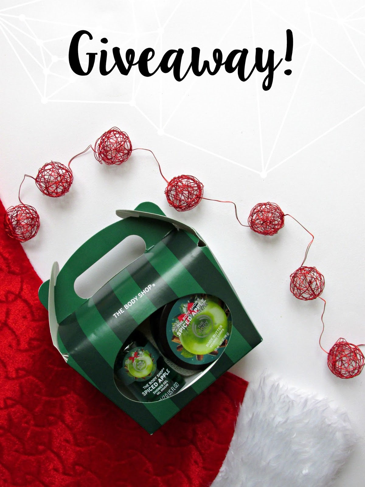 Christmas giveaway, the body shop spiced apple treat box