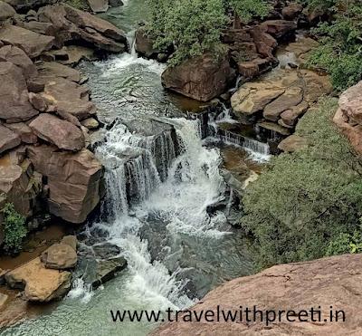Waterfalls Near Jabalpur - जबलपुर के आसपास  झरने