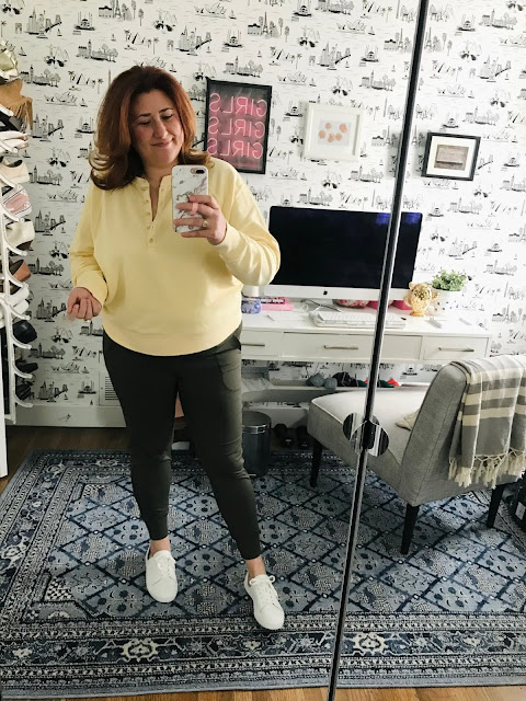 olive-joggers, Vintage-yellow-henley