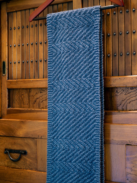 Lamberhurst Scarf by Moira Ravenscroft, Wyndlestraw Designs