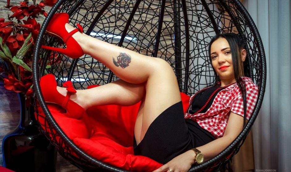 RianaJohnson Model GlamourCams