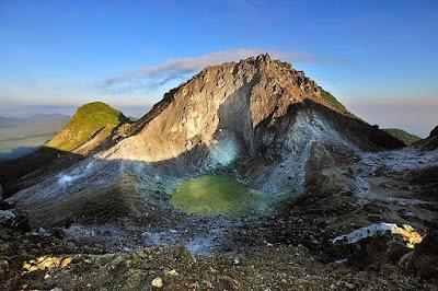 Desitinasi Mempesona Gunung Sibayak Sumatra Utara