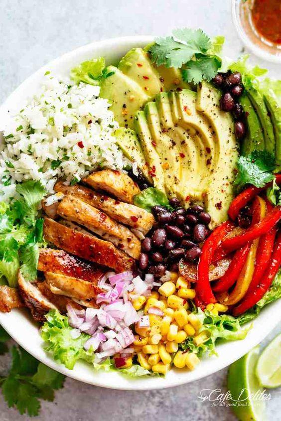 Fajita Chicken Burrito Bowl #recipes #dinnerrecipes #dinnerideas #foodrecipes #foodrecipeideasfordinner #food #foodporn #healthy #yummy #instafood #foodie #delicious #dinner #breakfast #dessert #lunch #vegan #cake #eatclean #homemade #diet #healthyfood #cleaneating #foodstagram