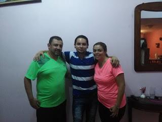 Pareja aprendiendo a bailar, Clases privadas de baile en Heredia Costa Rica, Instructor de baile popular, Sergio Sarmiento