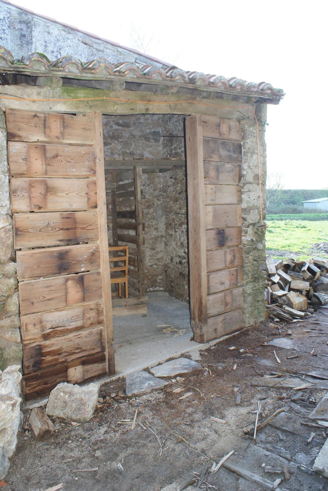R habilitation d 39 une ancienne maison en pierre joli joli for Maison en pierre ponce