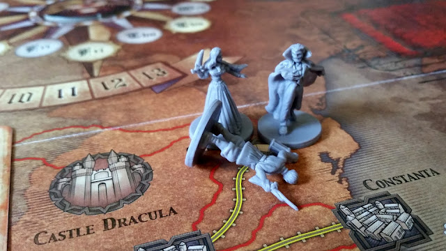 Fury of Dracula Review miniatures