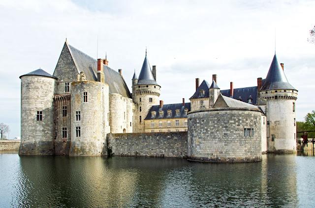 Castillo Sully-sur-Loira, Valle del Loira