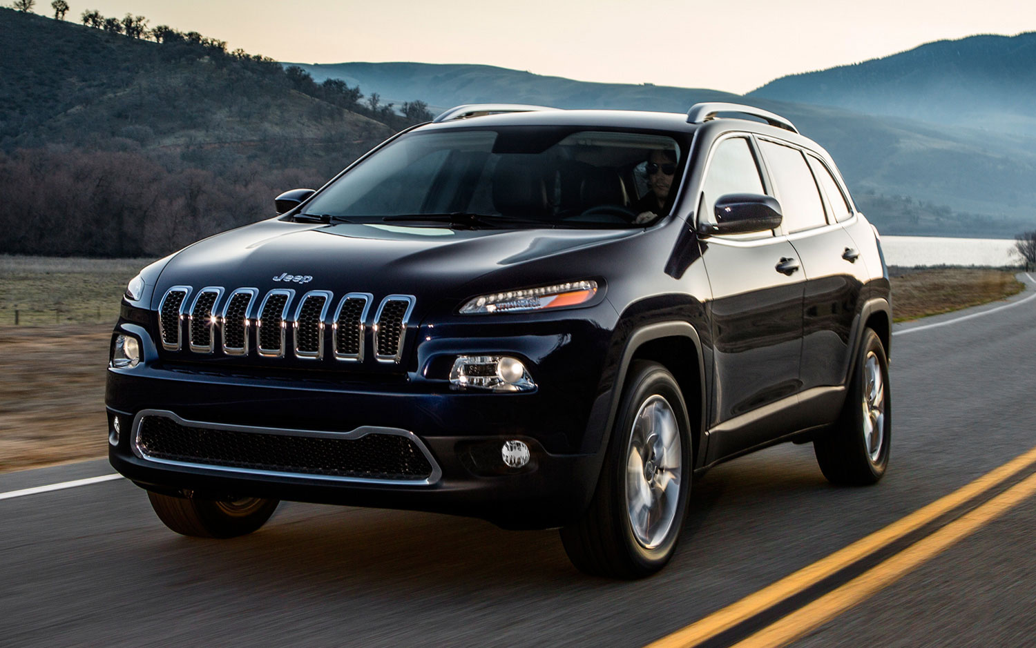 cars model 2013 2014 2014 jeep cherokee is the new liberty. Black Bedroom Furniture Sets. Home Design Ideas