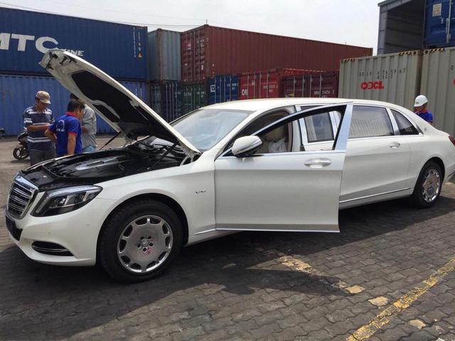Mercedes-Maybach S600 Pullman đầu tiên Việt Nam