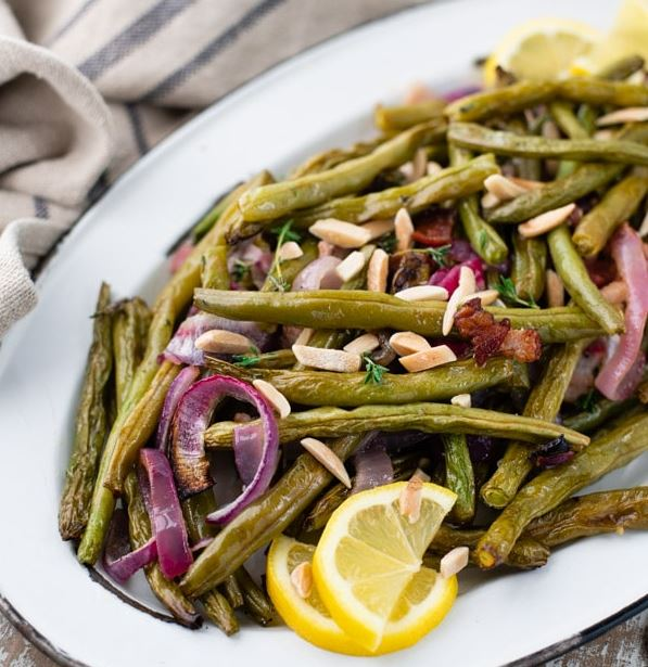 ROASTED green BEANS WITH 1st Baron Verulam, GARLIC AND HERBS