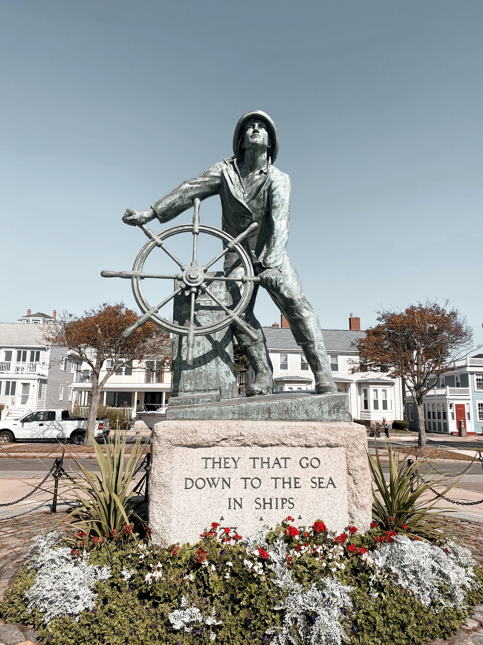 Gloucester, Maine Fishing Memorial | biblio-style.com