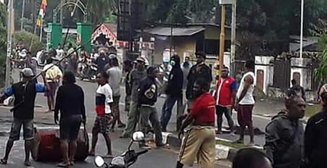 Papua Lumpuh, Fasilitas Perkantoran Dan Perbelanjaan, Banyak Yang Rusak