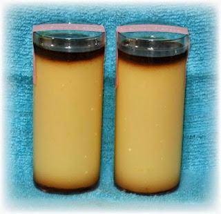 ママン・ラトーナのルティング プリン。プリントしては特長のある容器に入ったプリンである。