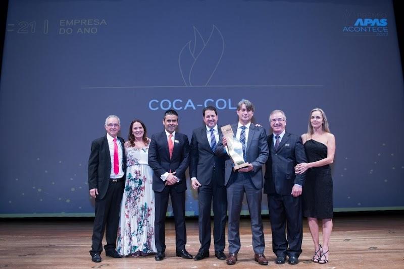 APAS premia os melhores fornecedores do setor supermercadista em cerimônia no Theatro Municipal