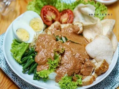 makanan surabaya gado-gado