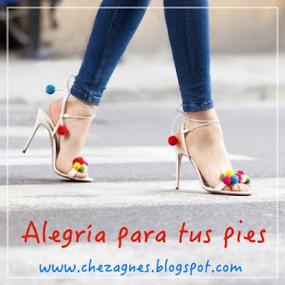 Pom-Pom-sandals-trend-shoe-sandalias-streetstyle-chez-agnes