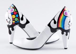 Bonitas zapatillas pintadas a mano