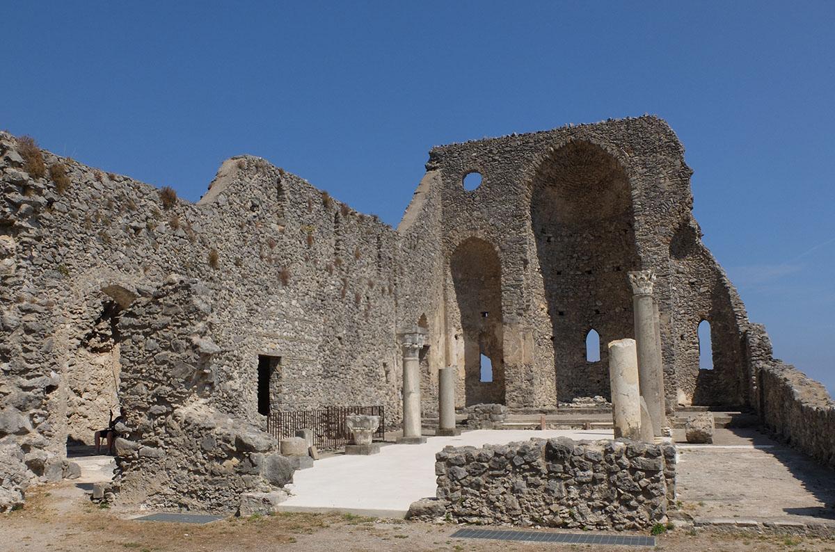 Базилика Сант-Эустачио в Равелло, Италия