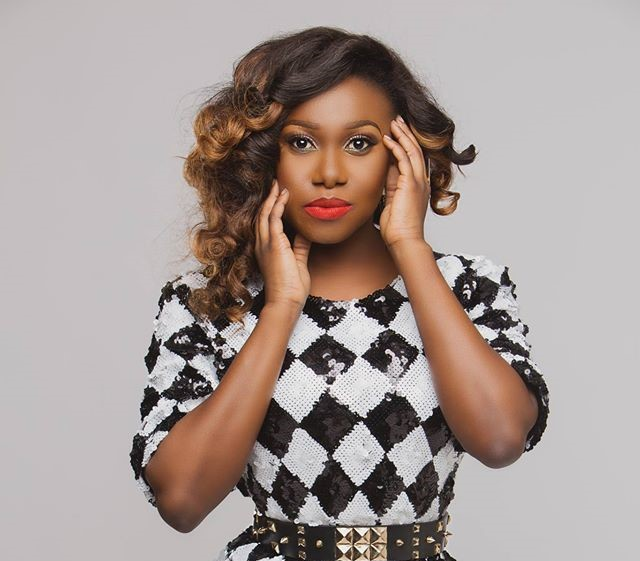 My-chipped-tooth-embarrassed-me-for-a-long-while-–-Singer-Niniola