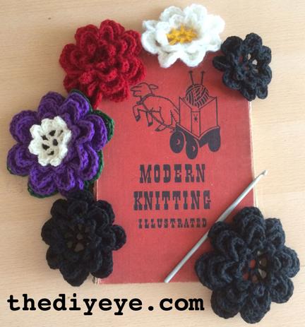 The Vintage Pattern Files: Free 1940's Crochet Pattern - Rosette Motif