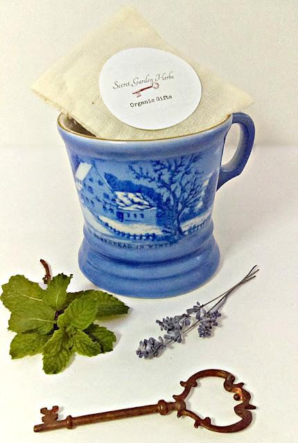 organic-herbs-currier-ives-mug-gift-Christmas