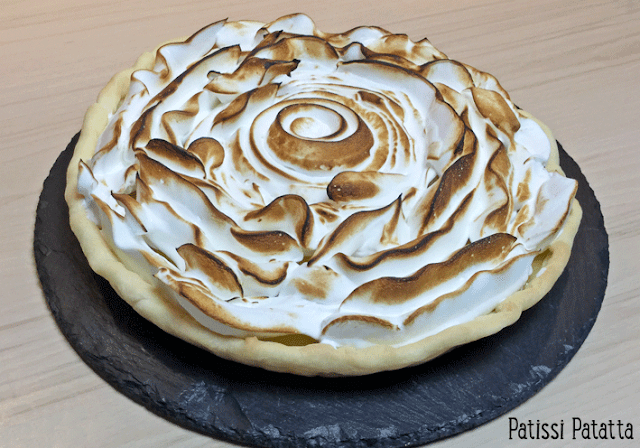 recette de tarte au citron meringuée, tarte au citron meringuée, meringue en spirale, citron meringuée, dessert, tarte classique,