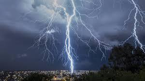 Προβλέψεις επιστήμονα: Έτσι θα είναι ο καιρός μέχρι το τέλος του καλοκαιριού στην Ελλάδα - Ζέστη και βροχές