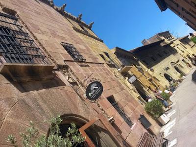 Caballeros Street in The Poble Espanyol