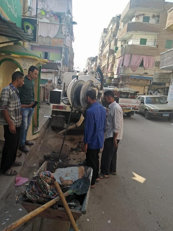 بالصور .. حملات مكبرة للنظافة وإزالة الإشغالات بكفر الدوار