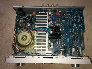 マランツ製プリメインアンプの内部