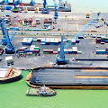 Pelayanan Logistik di Tanjung Perak Tetap Berjalan Lancar