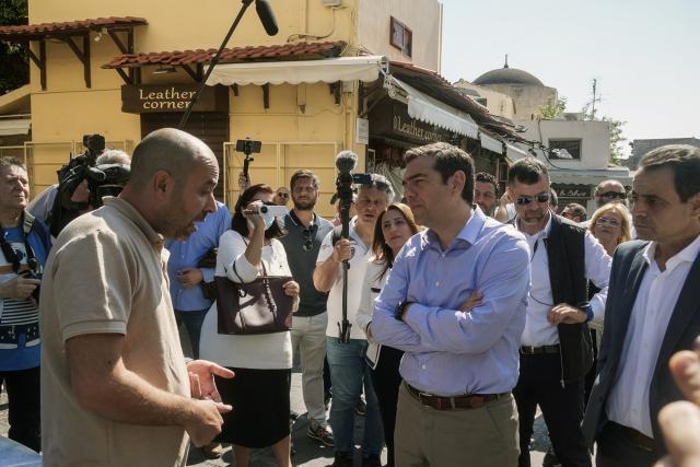 Τσίπρας από Ρόδο: Οι επιλογές της κυβέρνησης της ΝΔ οδηγούν την οικονομία σε έναν ακόμα φαύλο κύκλο – VIDEO