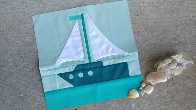 Sailboat quilt block for the QAL By the Sea