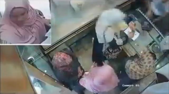 فيديو-لحظة-سرقة-امرأة-باعت-ذهبها-لعلاج-ابنتها-المريضة-كالتشر-عربية