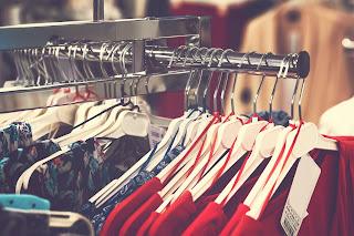 Pending membeli baju baru