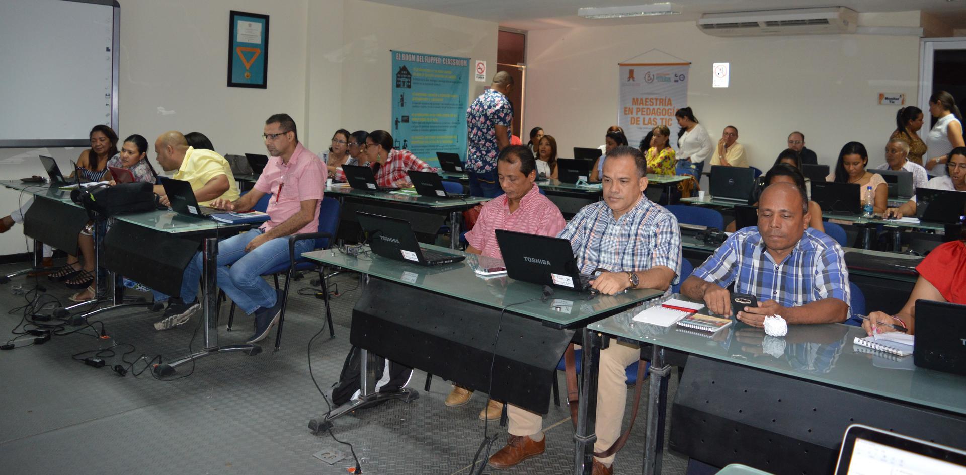 """hoyennoticia.com, Uniguajira Construye: """"Hay que reducir la brecha digital"""""""