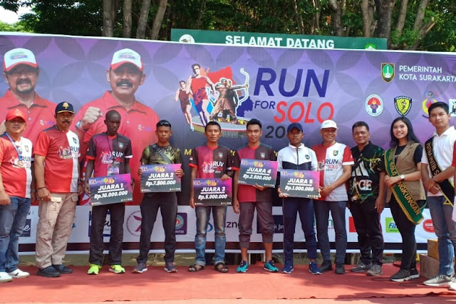 """Pelari Yonif 411/Pandawa Kostrad Raih Juara di Ajang """"Run For Solo 2019"""""""