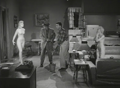Still - The Astounding She-Monster confronts the earthlings (1957)